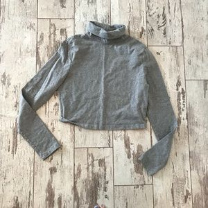 Grey cropped turtleneck